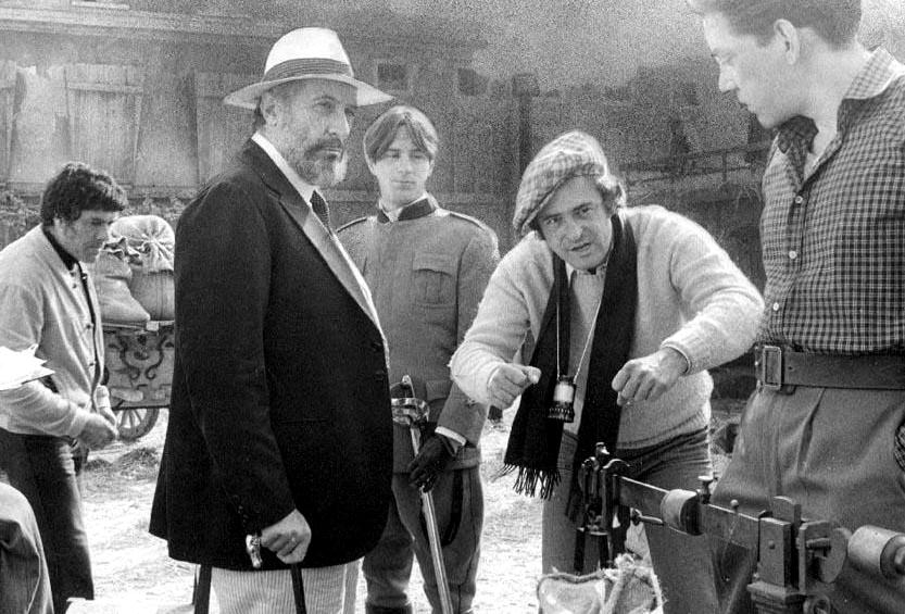 """Romolo Valli su set di """"Novecento"""" di Bernardo Bertolucci (1976)"""